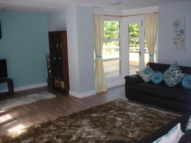 Cedar Lodge living area